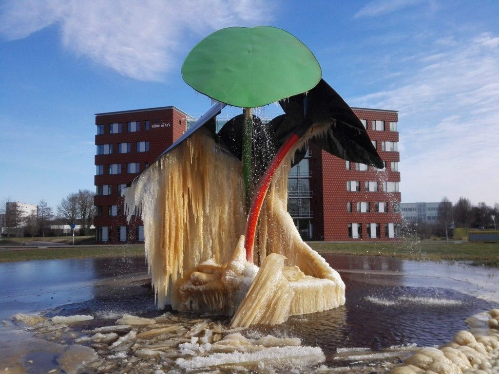 ijssculptuur Veendam maart