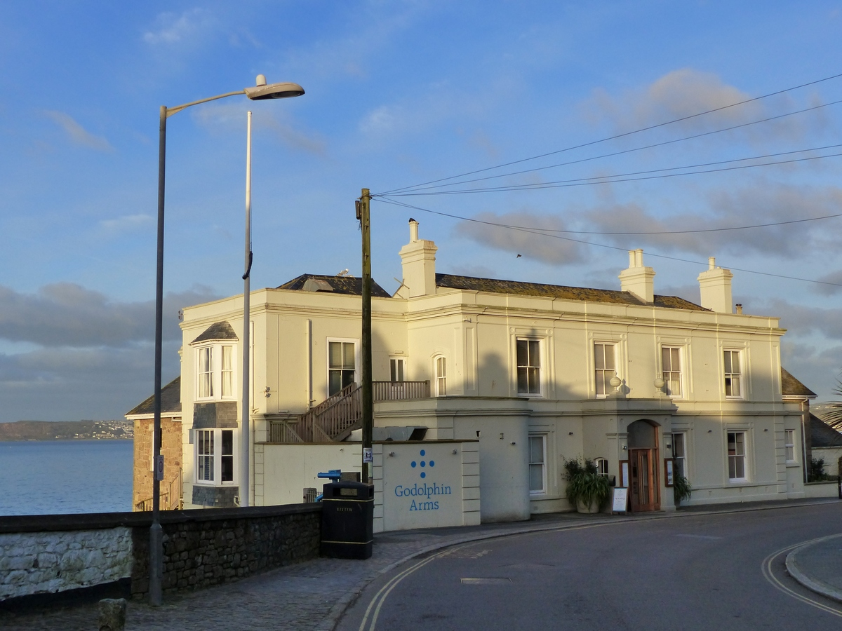 Hotel Godolphin Arms South West Coast Path