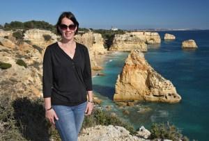 Yvonn-aan-de-wandel-in-de-Algarve