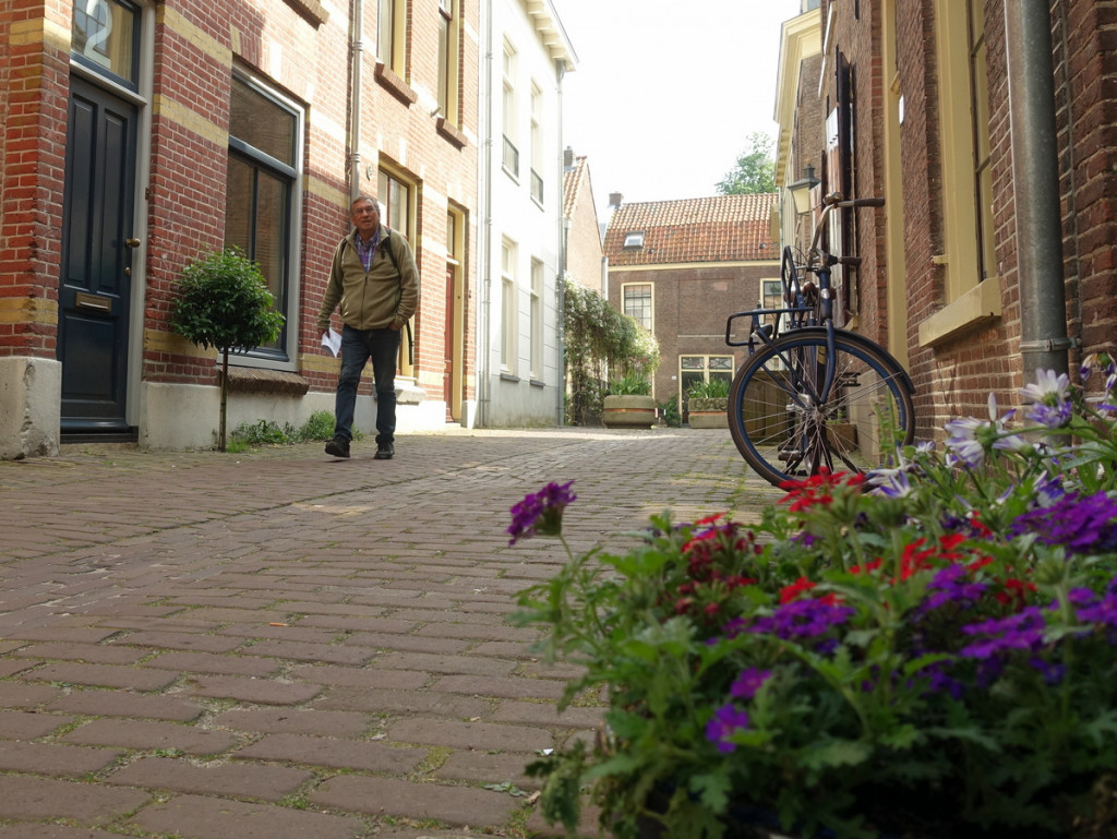 Gerard Goudriaan routemaker wandelt in Utrecht