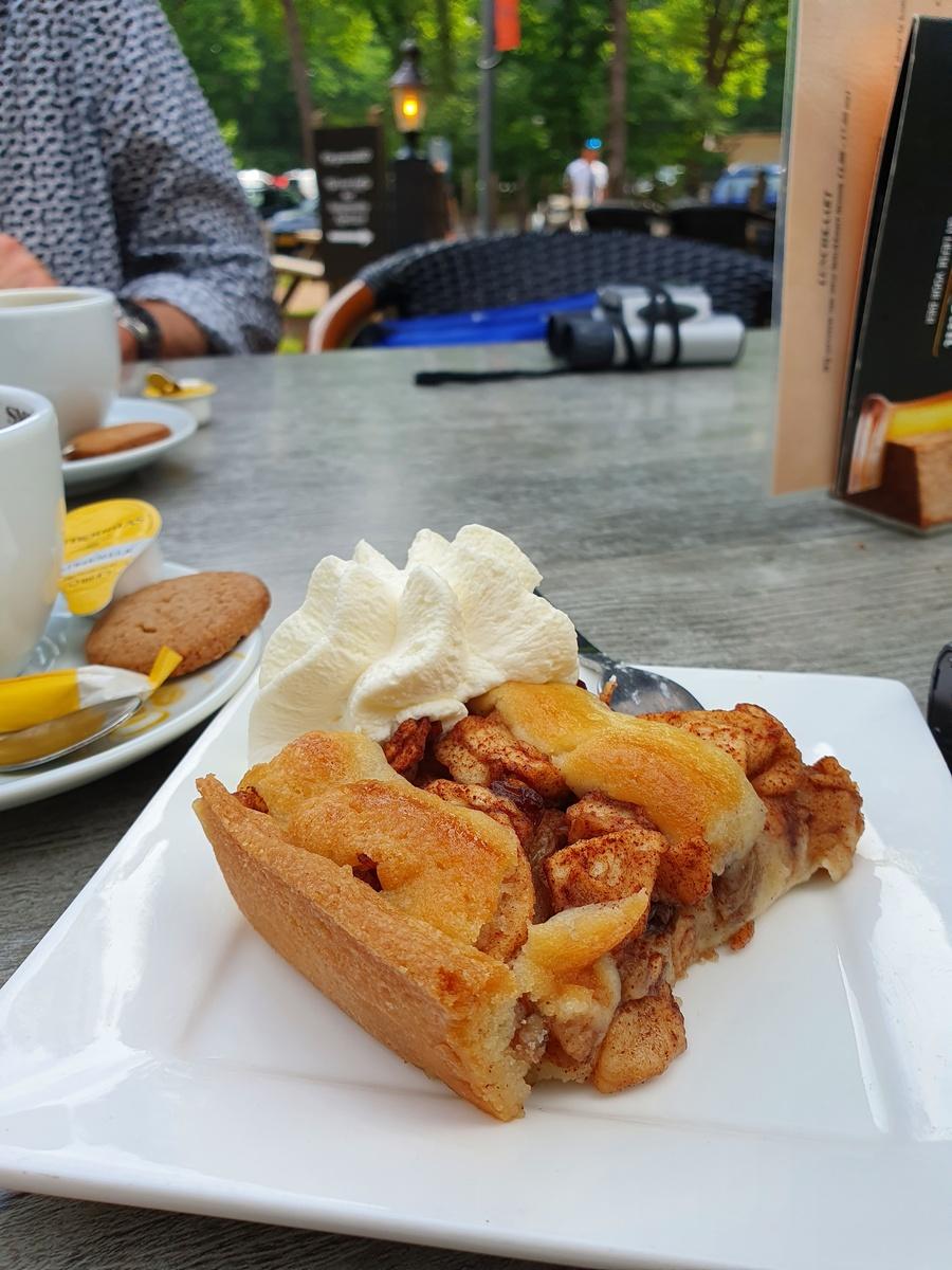 Gea's appeltaart met slagroom