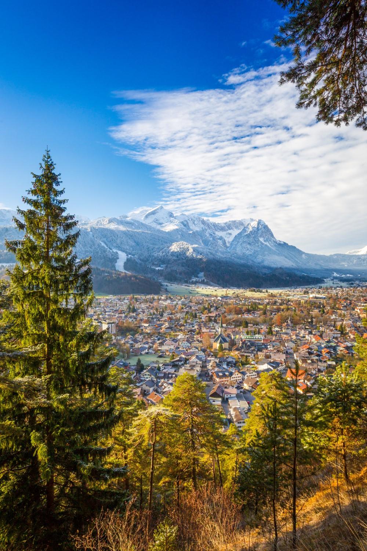 Panoramisch uitzicht op het balkon van Garmisch-Partenkirchen © Markt-Garmisch-Partenkirchen MarcHohenleitner