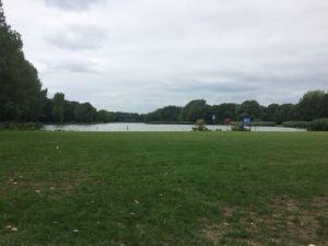 Plas in recreatiegebied Madestein waar je kan zwemmen