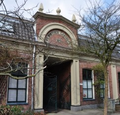 Middengasthuis