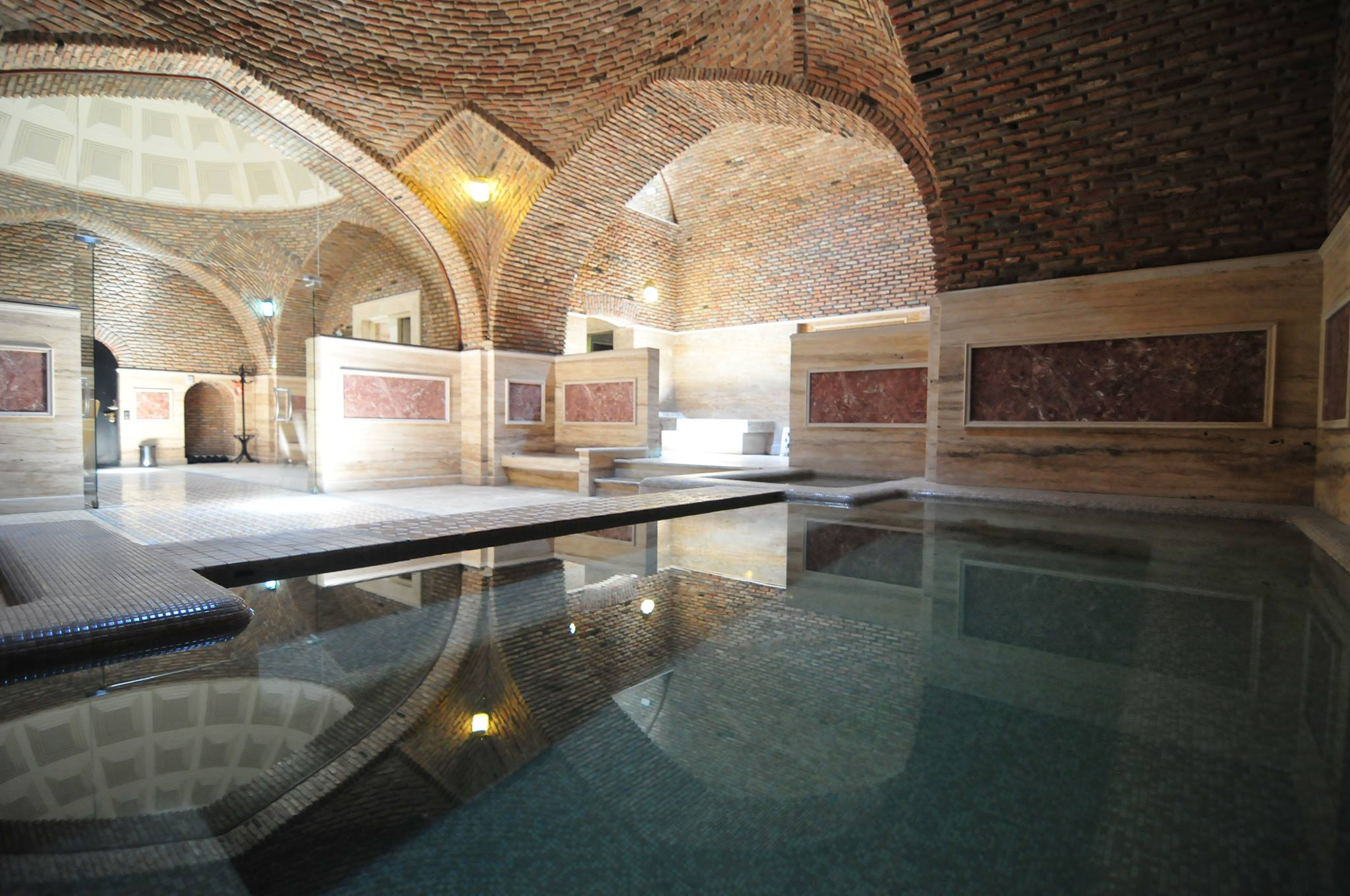 © Gulo's Thermal Spa