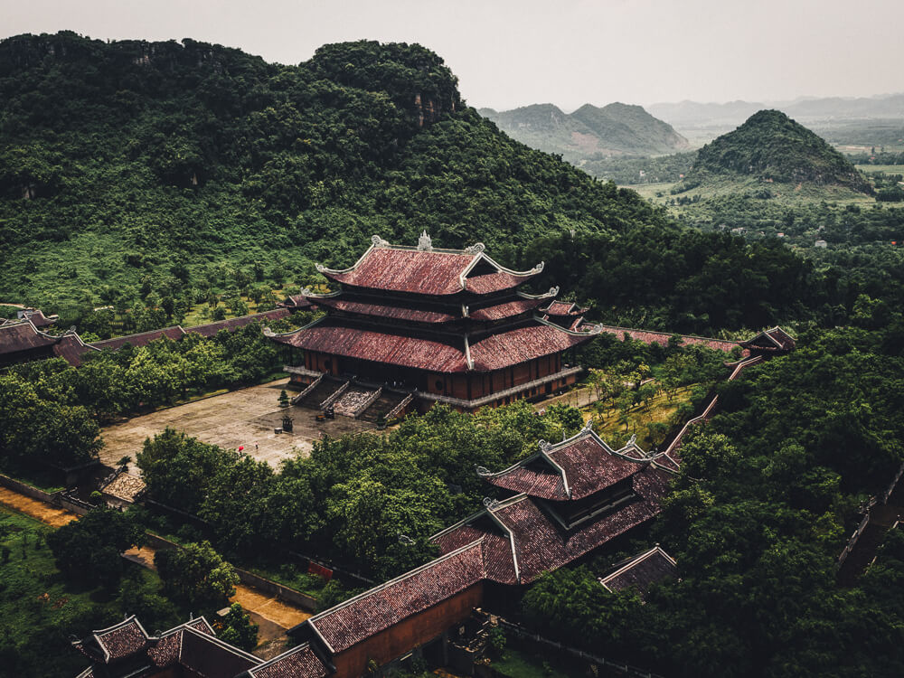 Looking for a side trip from Hanoi? It's easy to visit Ninh Binh from Hanoi. This post covers transport plus a Ninh Binh itinerary (one or two-day options).