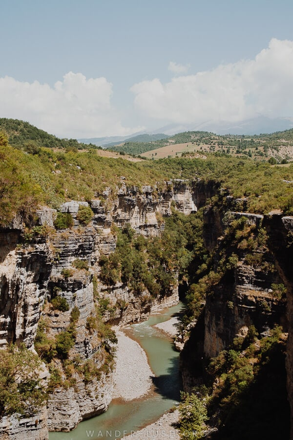 A deep canyon.