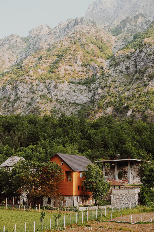Guesthouses in Valbona.