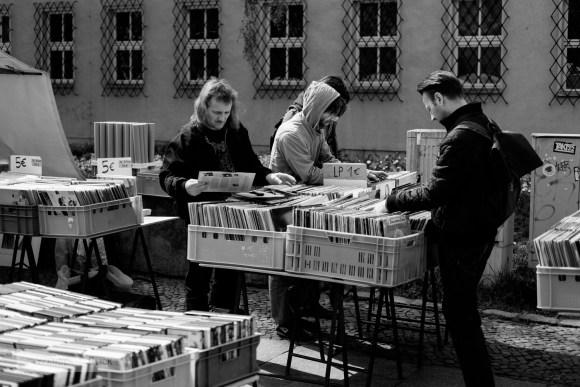 Vinyl hunters