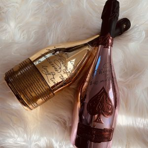 Luxury Los Angeles Calligrapher and engraver, ace of spaced engraved Champagne