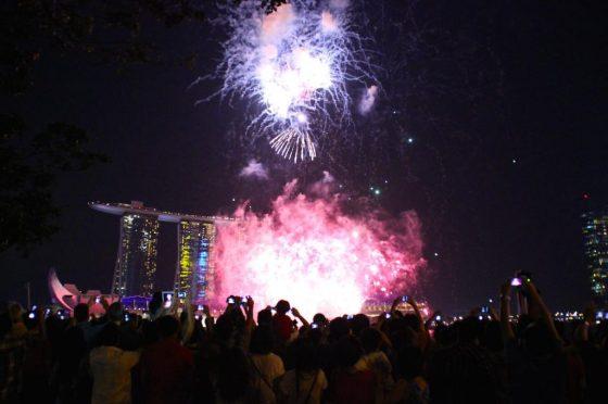 Marina Bay: Zum Abschluss ein ausgedehntes Feuerwerk