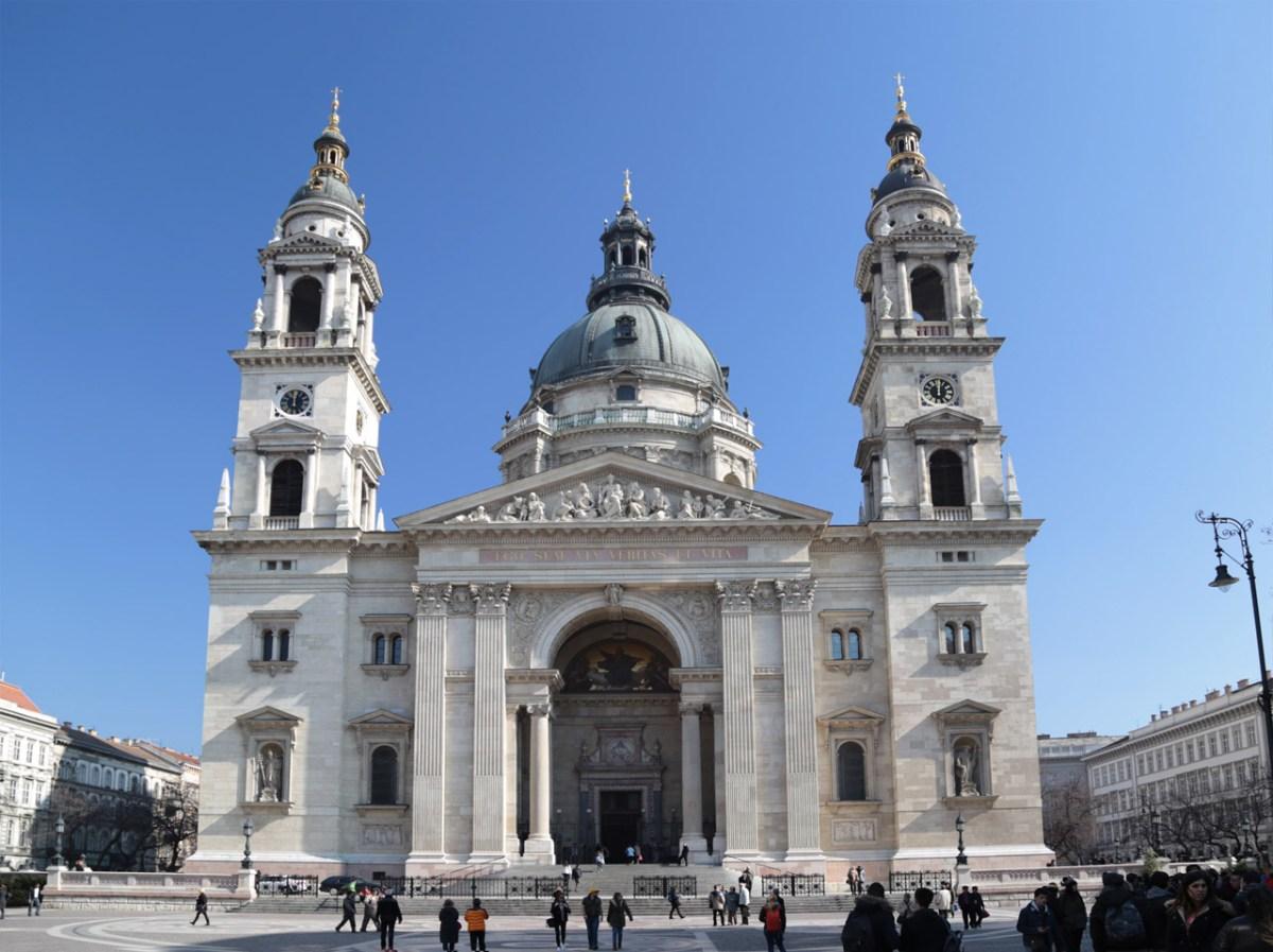 Die St.-Stephans-Basilika am Szent István tér ist die größte Basilika Budapests
