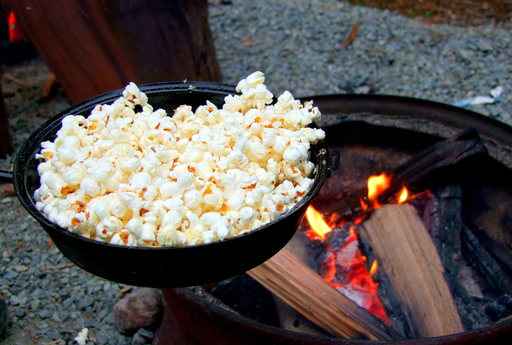 How to Make Popcorn While Camping