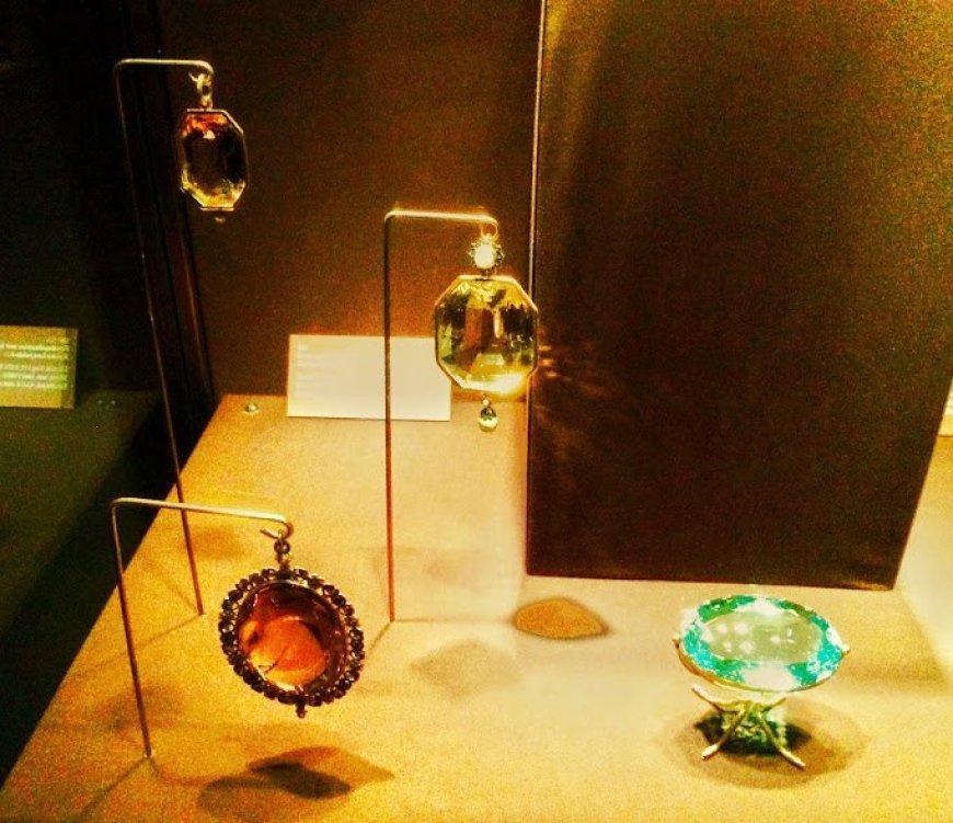 Hofburg Palace jewels, Vienna