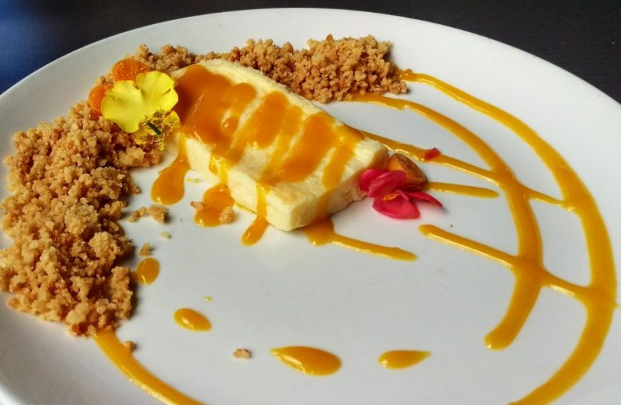 Mango Cheesecake, Hilo, Hawaii