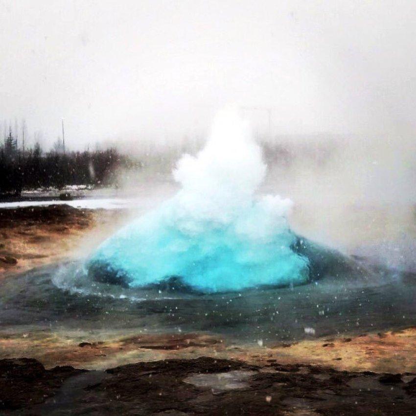strokkur-geysir-iceland-hot-spring