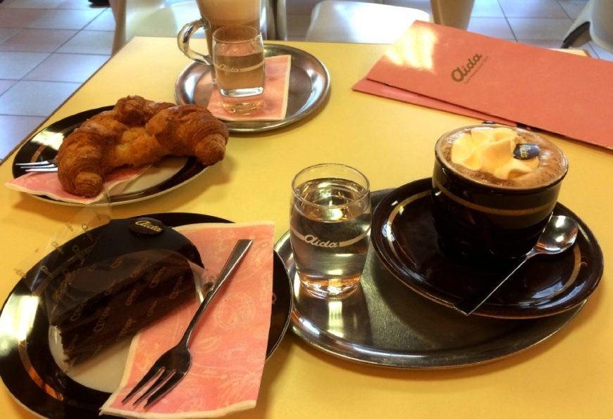 Austrian Food: Sachertorte