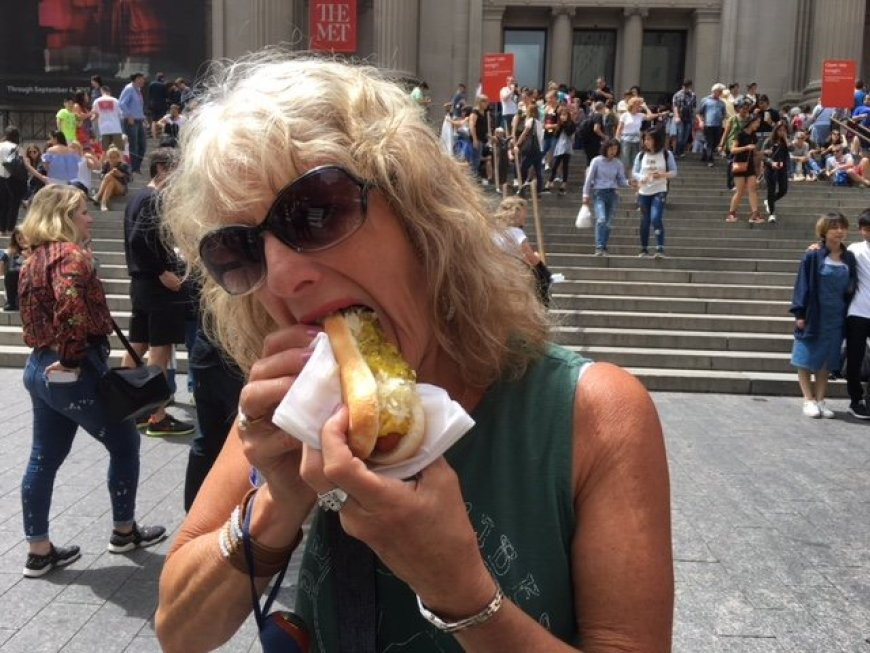 New York City street food dog