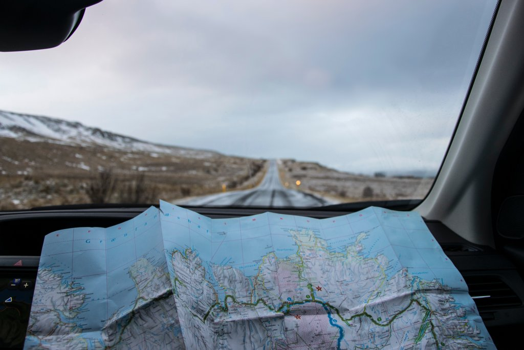Road trip tips for couples - bring a map!