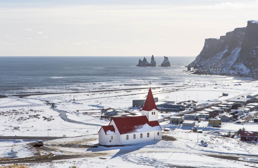 Where to stay in Vik: Vik in the snow
