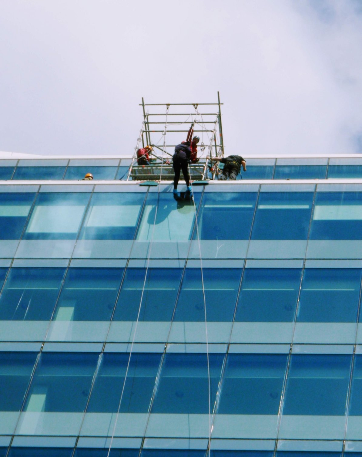 Justine abseiling The Blade in Reading
