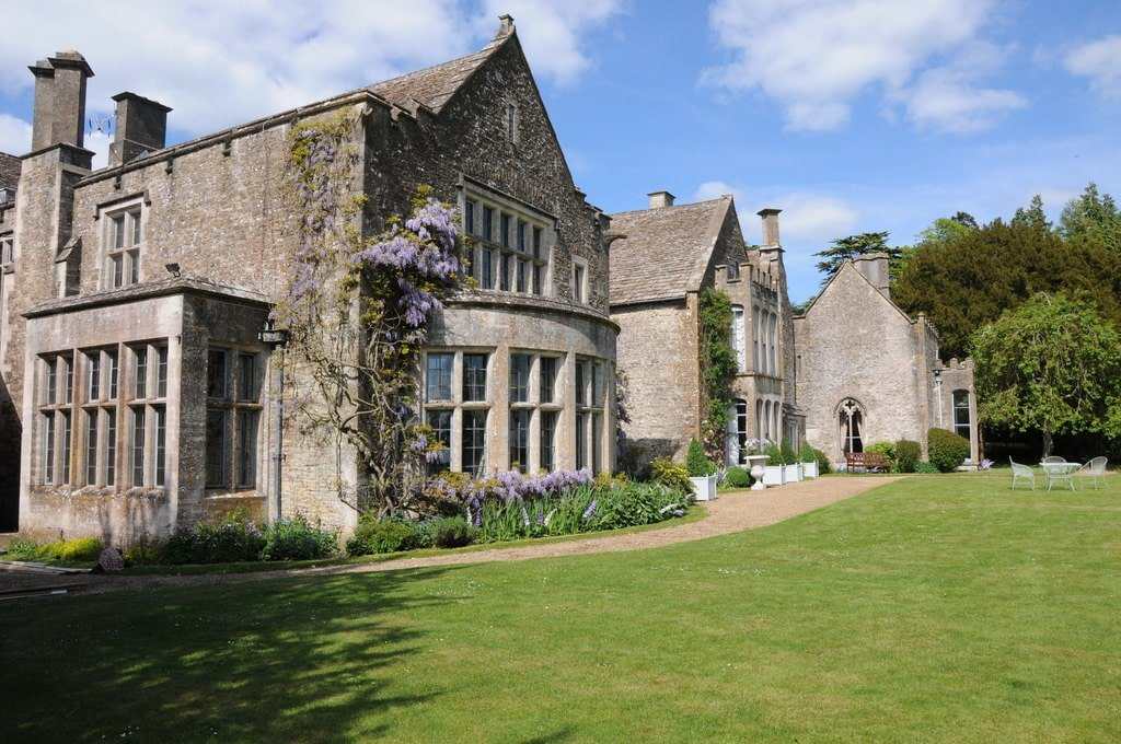 Poldark Filming Locations - Chavenage House