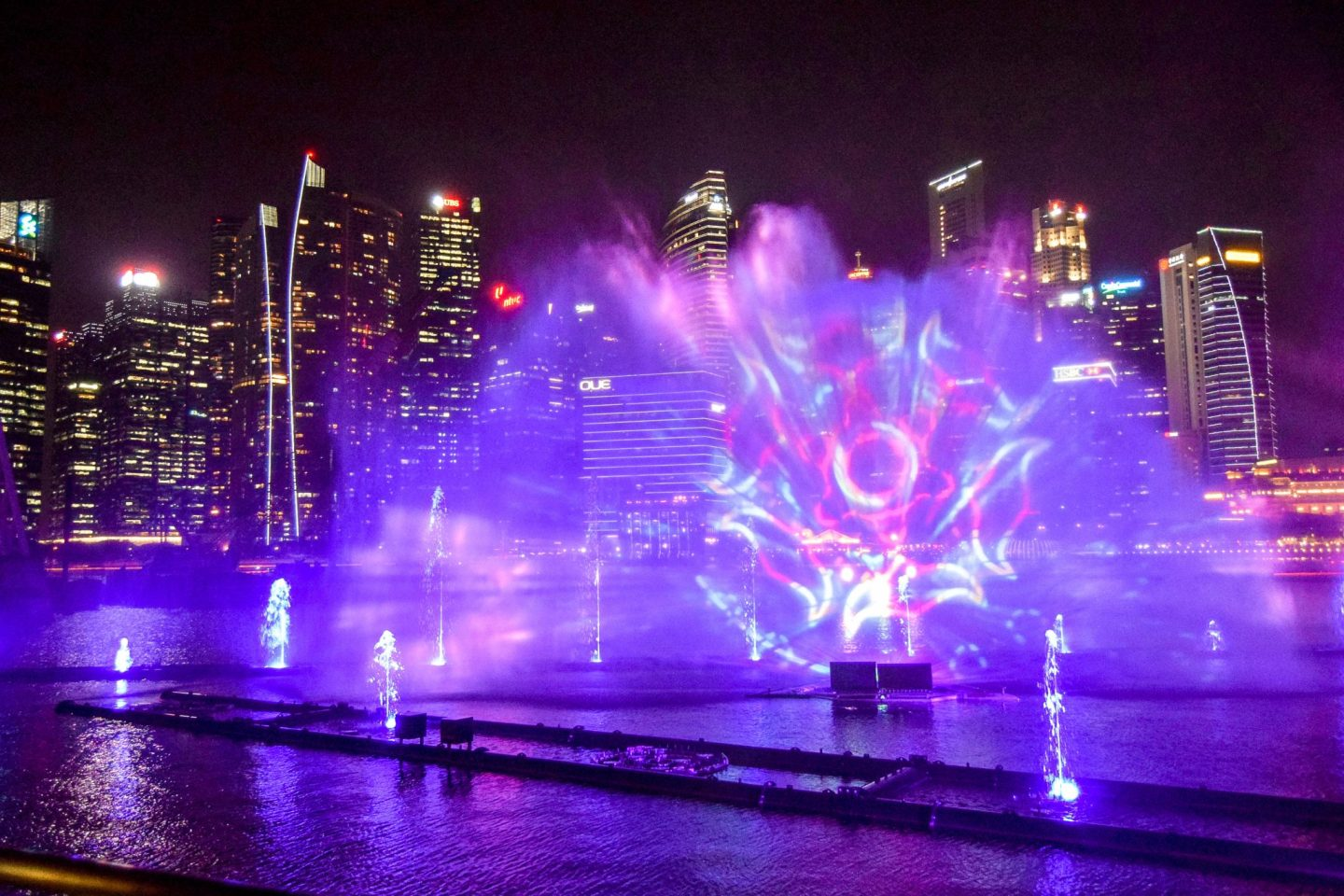The Incredible Singapore Light Shows