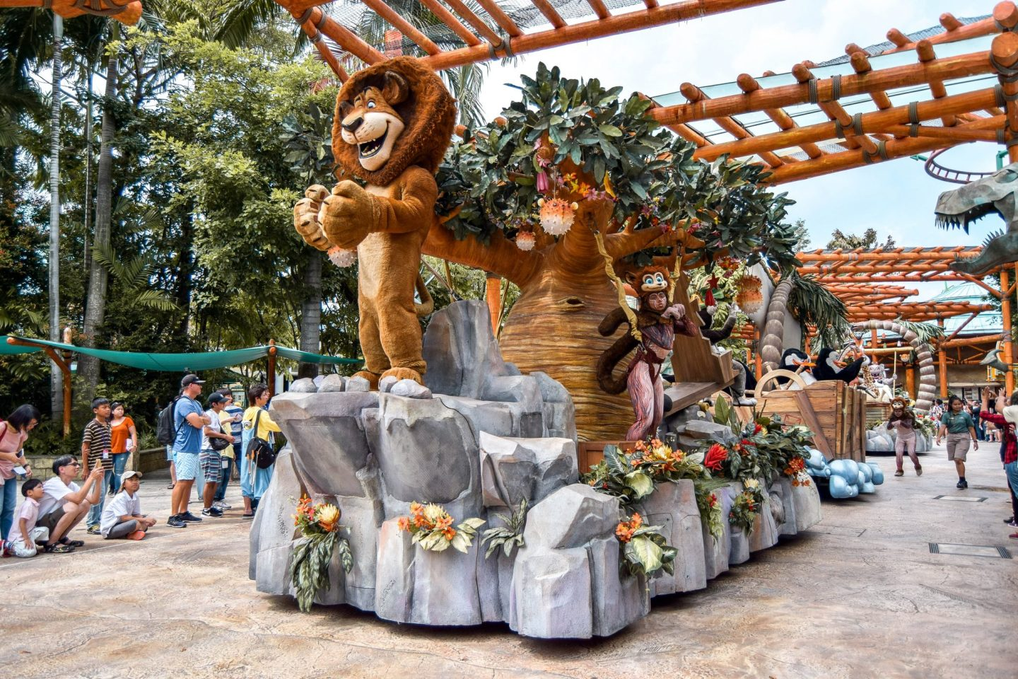 Wanderers & Warriors - Hollywood Dreams Parade - Universal Studios Singapore - Best Rides & Guide