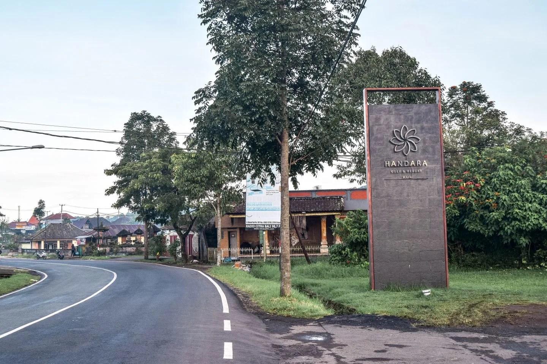 Wanderers & Warriors - The Famous Bali Gates - Handara Golf & Resort