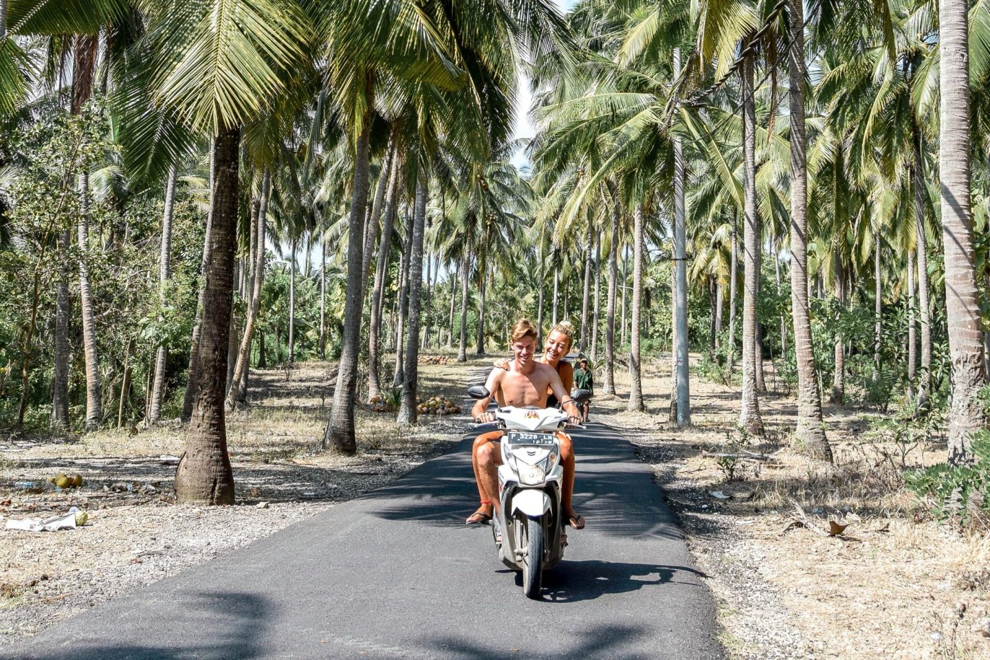 Wanderers & Warriors - Charlie & Lauren UK Travel Couple - Things To Do In Nusa Penida - Our Nusa Penida Tour Bali Scooter