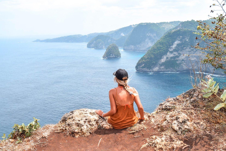 Wanderers & Warriors - Charlie & Lauren UK Travel Couple - Banah Cliff Point Nusa Penida Bali - viewpoint nusa penida viewpoint - cliff nusa penida cliff - Nusa Islands