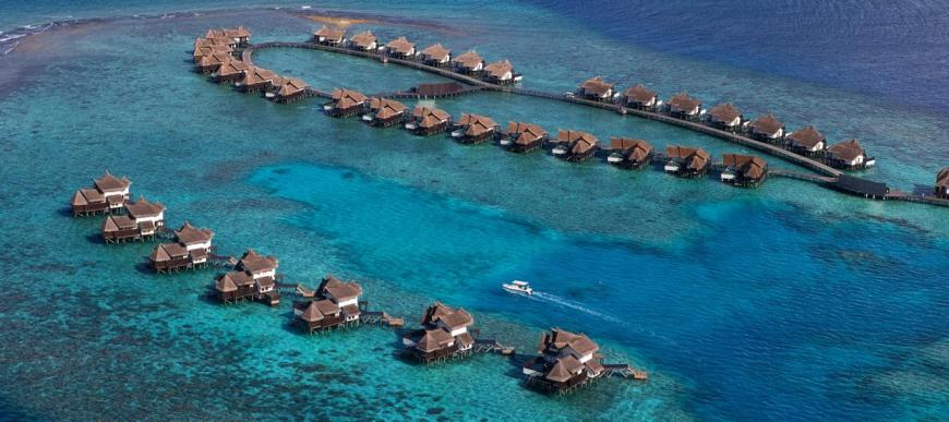Jumeirah Vittaveli Maldives Resort