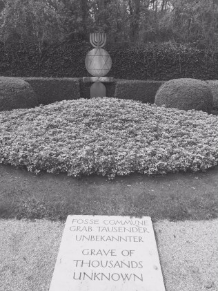 Mass grave of unknown Jews