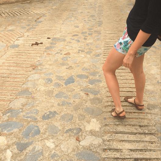 Legs&poo