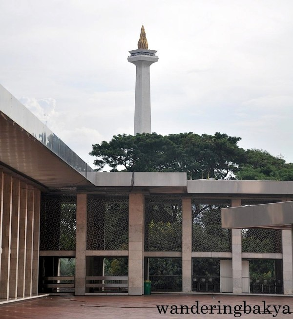 Monument Nasional as seen from the courtyard of Istiqlal Mosque (Masjid Istiqlal)