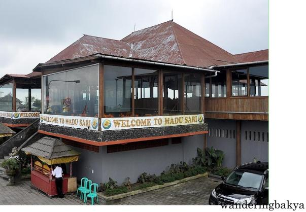 Madu Sari Restaurant offers a picturesque view of Mount and Lake Batur