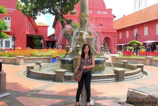 Me in front of Queen Victoria's Fountain