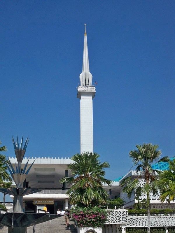 "Masjid Negara or National Mosque of Malaysia is an ""architectural tribute to Islam""."