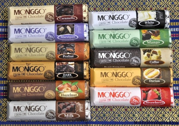 "11 varieties of Monggo Chocolate. The wrapper claims that it is ""The Finest Indonesian Chocolate!"" and it is ""100% Cocoa Butter"". One bar is IDR 18,000 (US $1.38) but a flyer in Amaris Hotel gives the holder 10% discount. One bar costs IDR 16,200 (US $1.24). The chocolate was smooth and the filling remained soft and moist. I liked Caramello, 58% Dark Chocolate, Chocolate and Mango."
