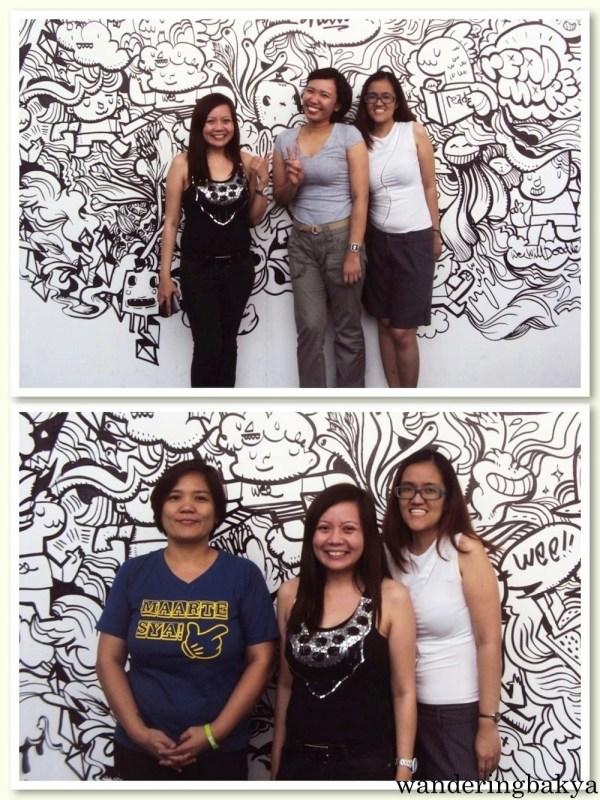 Che, Mai, Espe and I at The 36th Manila International Book Fair.