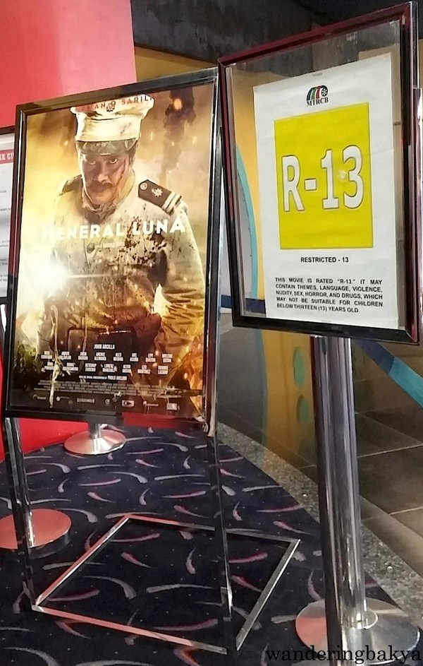 Artikulo Uno Productions' Heneral Luna movie poster in Gateway.