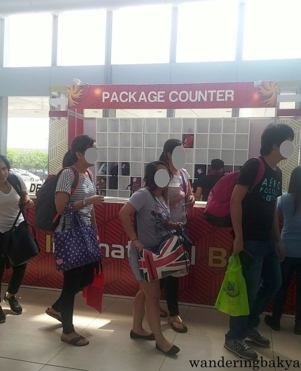 There was a package counter for those with heavy bags but do not want to lug them around all day.