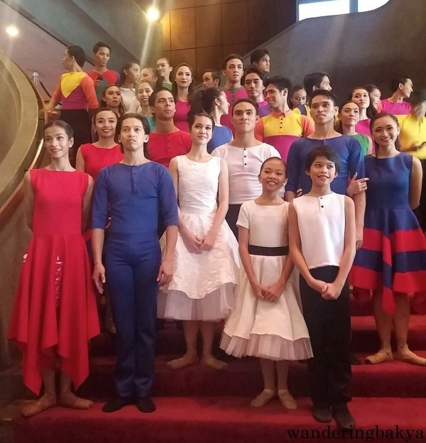 The cast of Ballet Philippines' Sarong Banggi