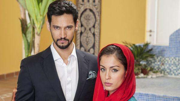 El Príncipe's Khaled Ashour (Stany Coppet) and Fátima Ben Barek (Hiba Abouk). Photo from teinteresa.es
