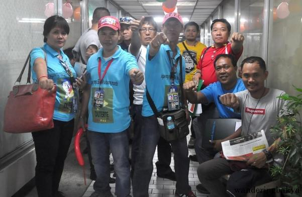 The members of the Philippine Seafarers' Group (PSG) with their own Mayor Duterte shirt design doing the Superman pose.