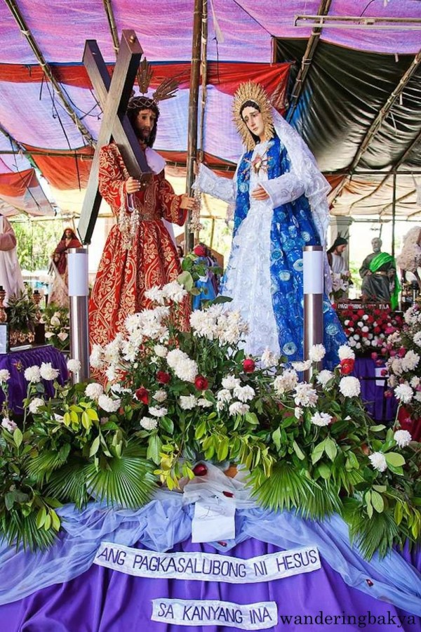 Philippines Holy Week. Ang Pagkasalubong ni Hesus sa Kanyang Ina (Jesus and Mary reunited after Jesus' resurrection). Photo by John