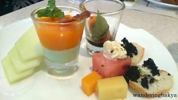 Che's desserts. Photo by Che.