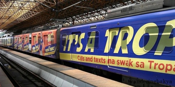 The second instance I took a photo of the Talk N' Text train ad was not any better, but it shows more colors. ☺