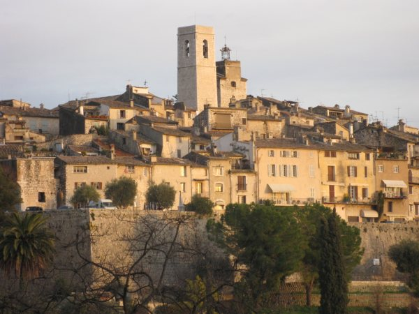 Holiday rental south of France, renting a villa in South of France St Paul de Vence
