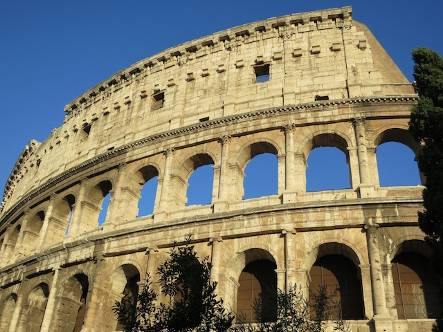Is the Roman Colosseum falling down?